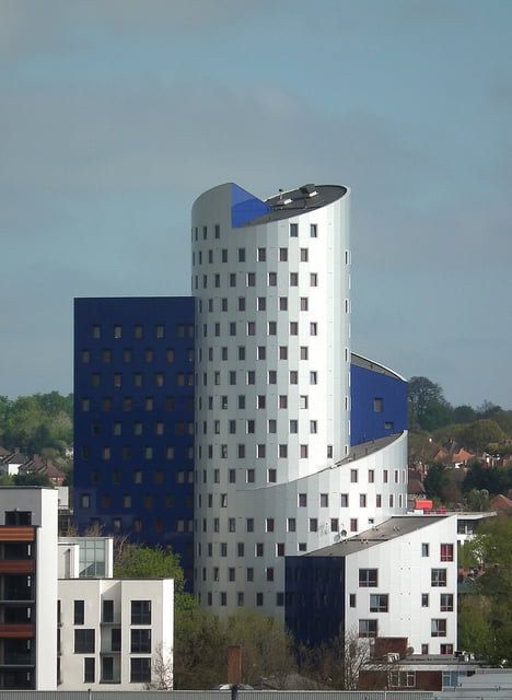 Britain's Ugliest Building Acquired by LaSalle